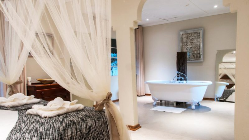 Bayete Lodge Honeymoon Suite