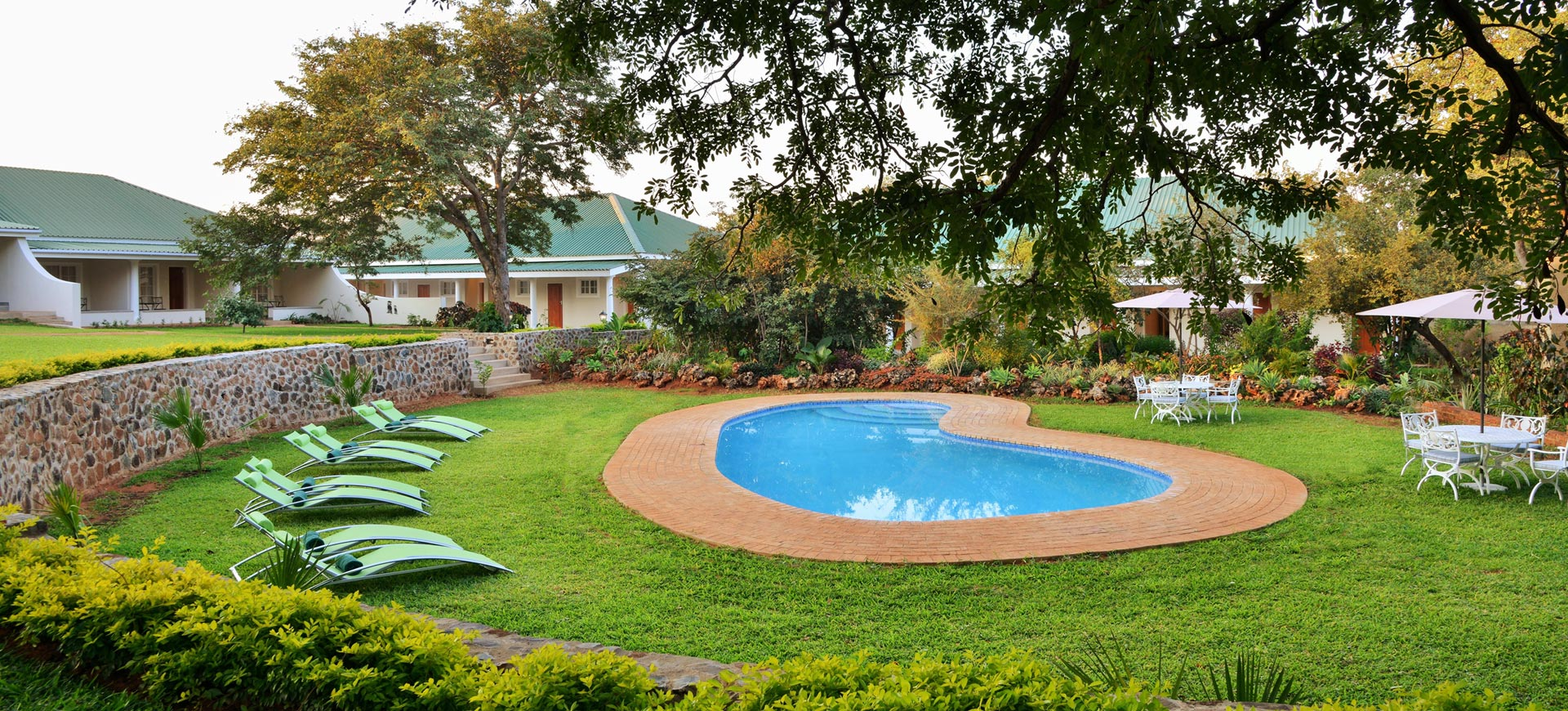 Batonka Lodge Pool