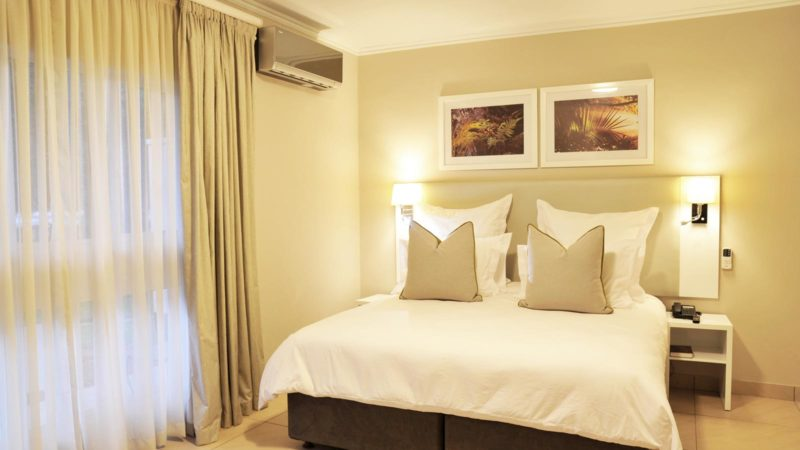 Cresta Sprayview Hotel Rooms