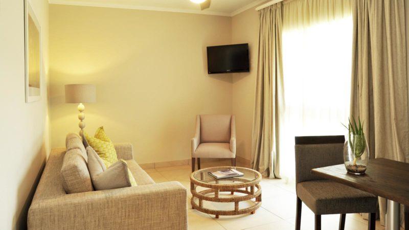 Cresta Sprayview Hotel Suite