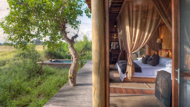 Xudum Okavango Delta Safari Lodge Accommodation