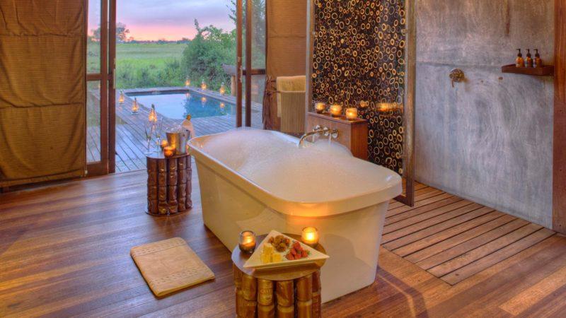 Xudum Okavango Lodge Bathroom